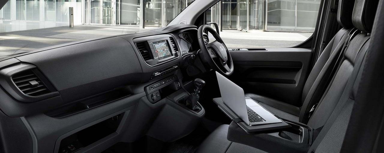 Peugeot Expert interior