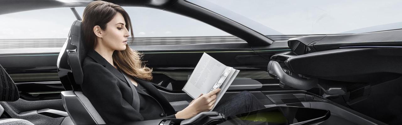 Peugeot Instinct Concept - Peugeot Responsive i-Cockpit - Driving mode Autonomous 2