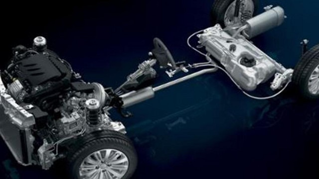 Peugeot 2008 SUV Engines and EAT6 Gearbox
