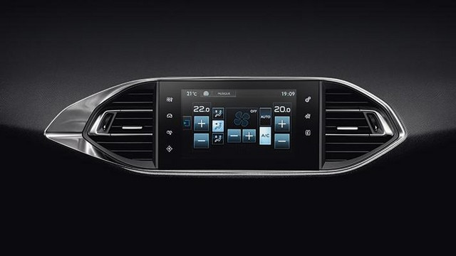 Peugeot 308 Large Touchscreen