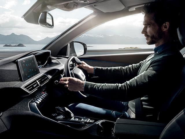 Peugeot 3008 SUV Enhanced Experience