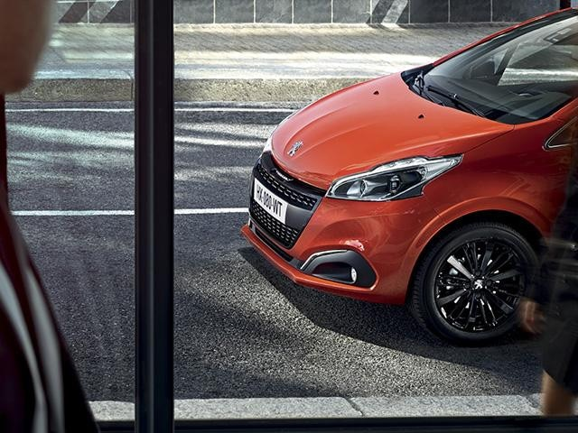 Peugeot 208 Sporty, Streamlined Style